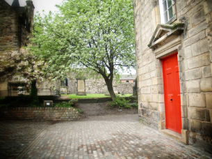 Right Red Door, Edinburgh